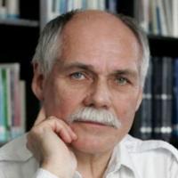 Prof. RNDr. Bedřich Moldan, CSc.